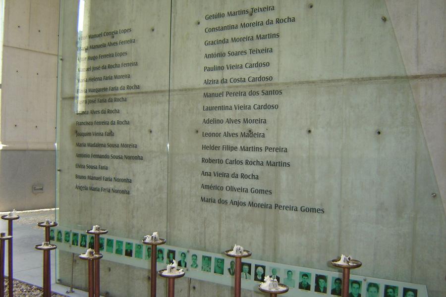 Homenagem às vítimas